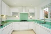 Decorate Your Kitchen with Designer Glass Splashbacks