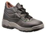 Buy excellent Slip Resistant Shoes from Working Wear Ltd