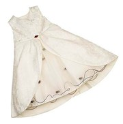 Give Affordable Girls Christening Outfits to Your Daughter for Baptizi